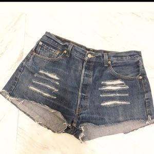 Levi's Jean Shorts Distressed